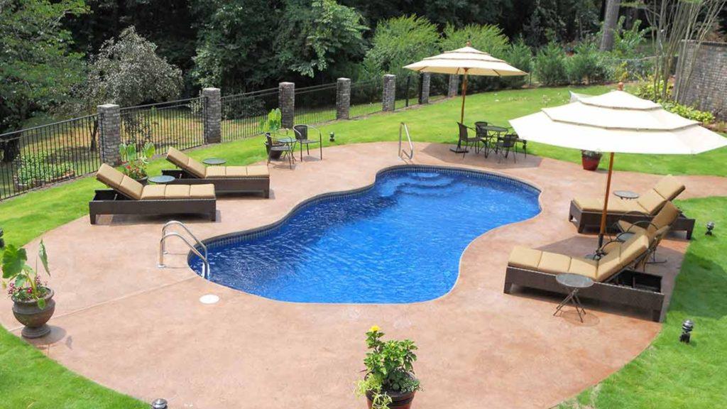 How Do I Finance a New Fiberglass Pool
